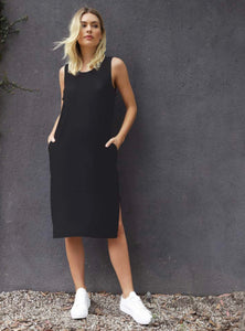 Arwin Black Dress