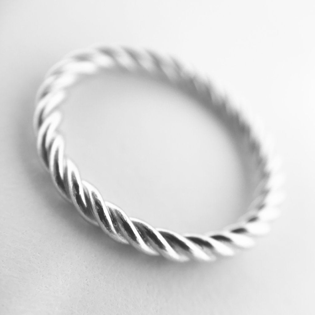 The Rope Ring - 925 Sterling Silver