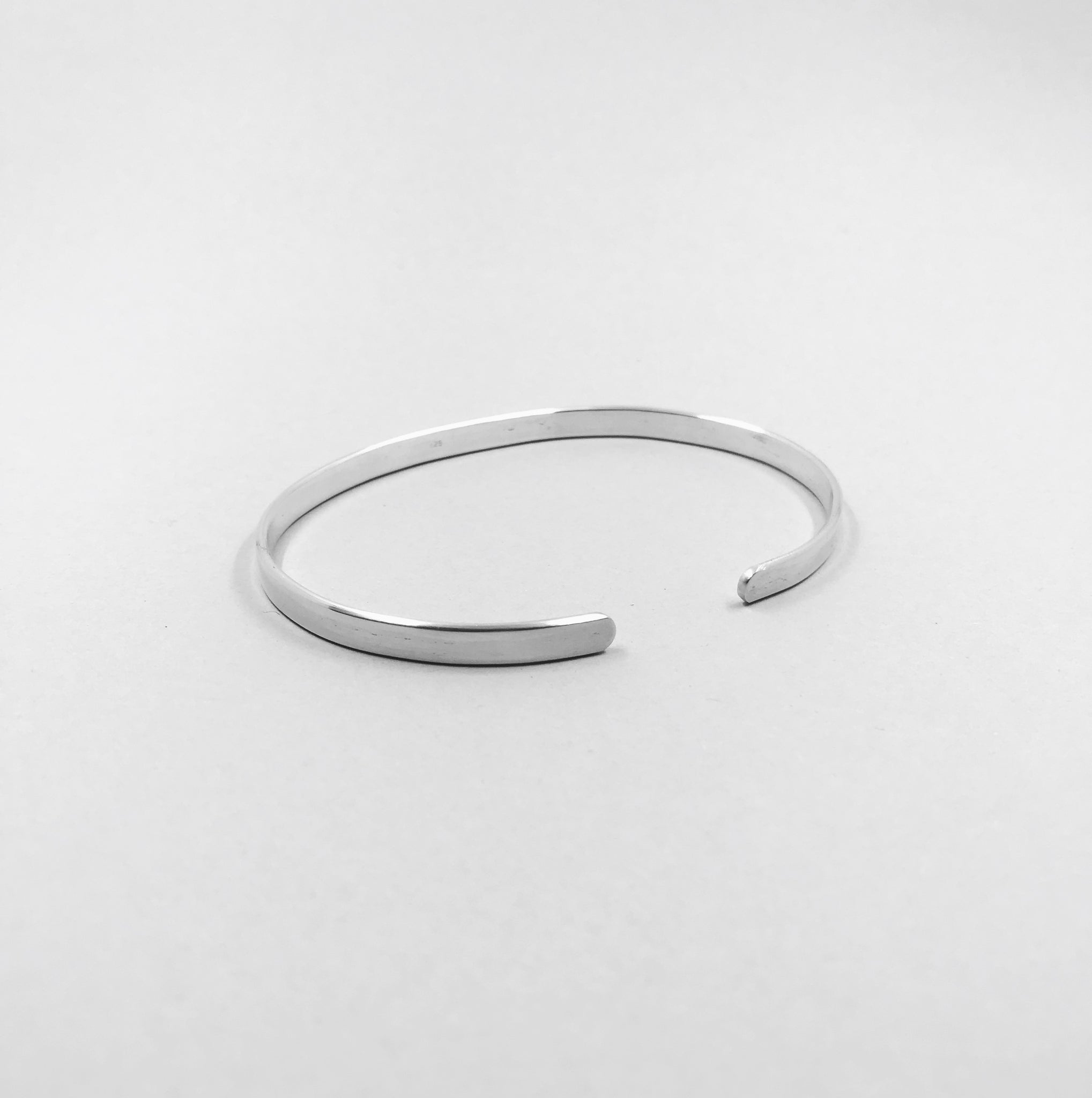 The Classic Bangle - 925 Sterling Silver