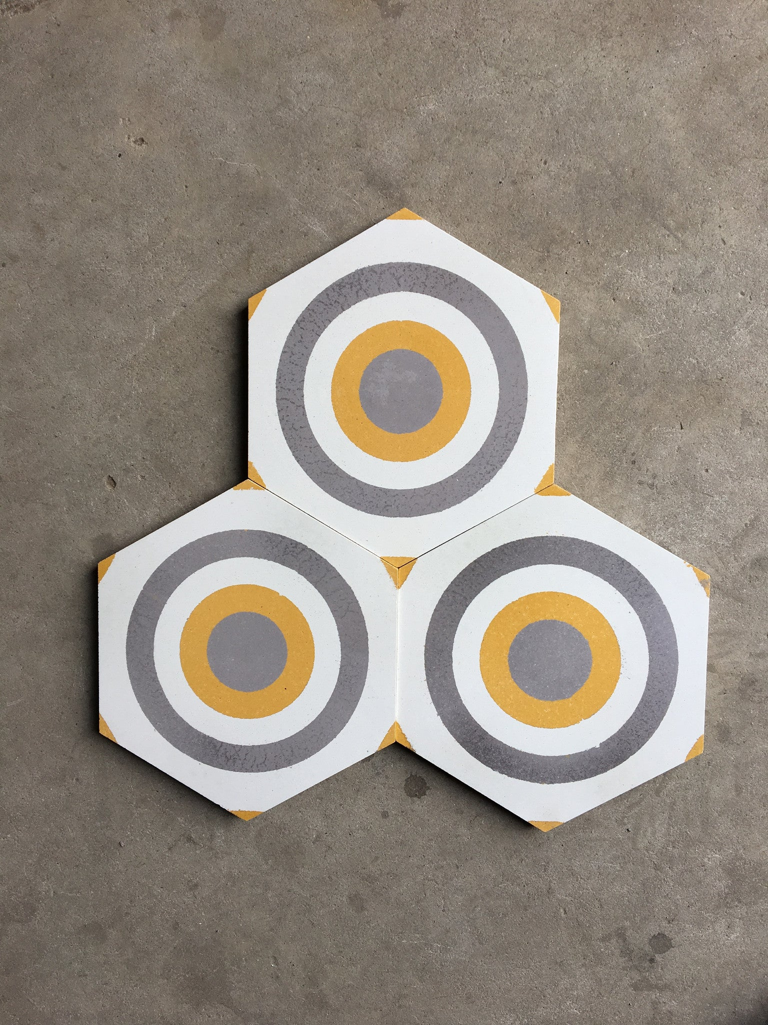 Cement Tile - Hexagon Tile Concentric Circle