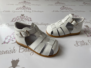 Pretty Originals Boys White Patent Sandals