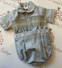 Load image into Gallery viewer, Boys Grey Smock Set