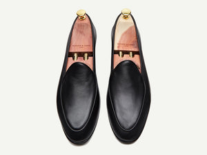Sagan Classic Plain in Black Asteria Calf