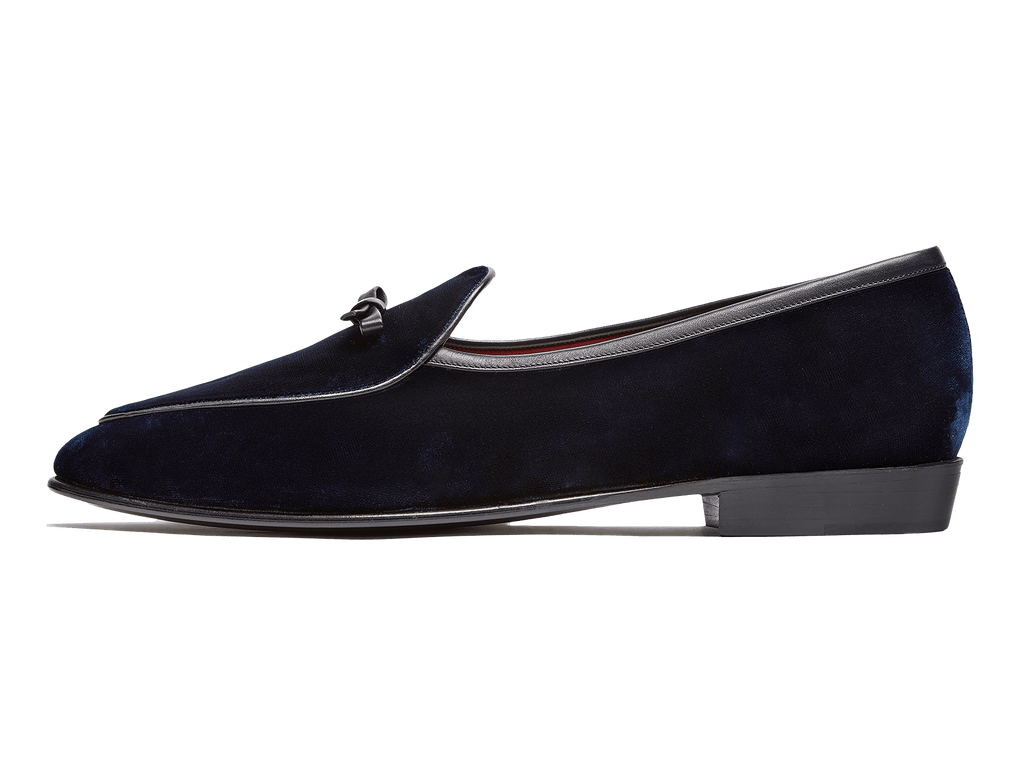 Sagan Classic Bow in Midnight Navy Velvet (4496658301005)