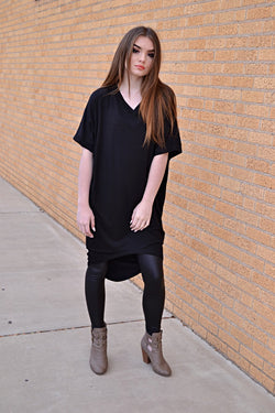 LORI HI LOW TUNIC (BLACK)