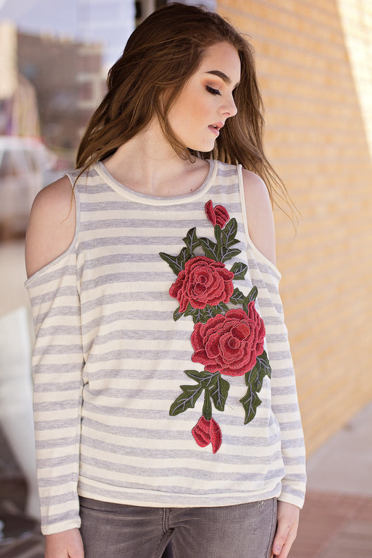 LAYLA ROSE PATCH SWEATSHIRT