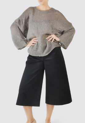 Long knitted jumper