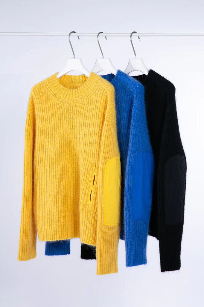 Knitted jumper sweater with pocket