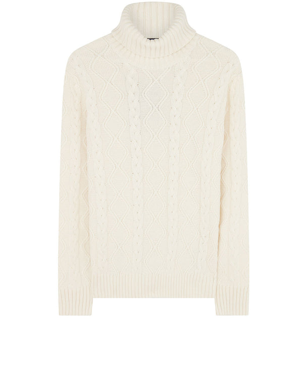 Turtle Neck Fisherman Sweater in Off White