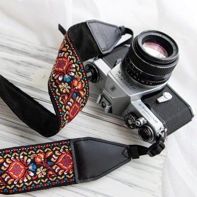 Red Woven Vintage Camera Strap - Art Tribute