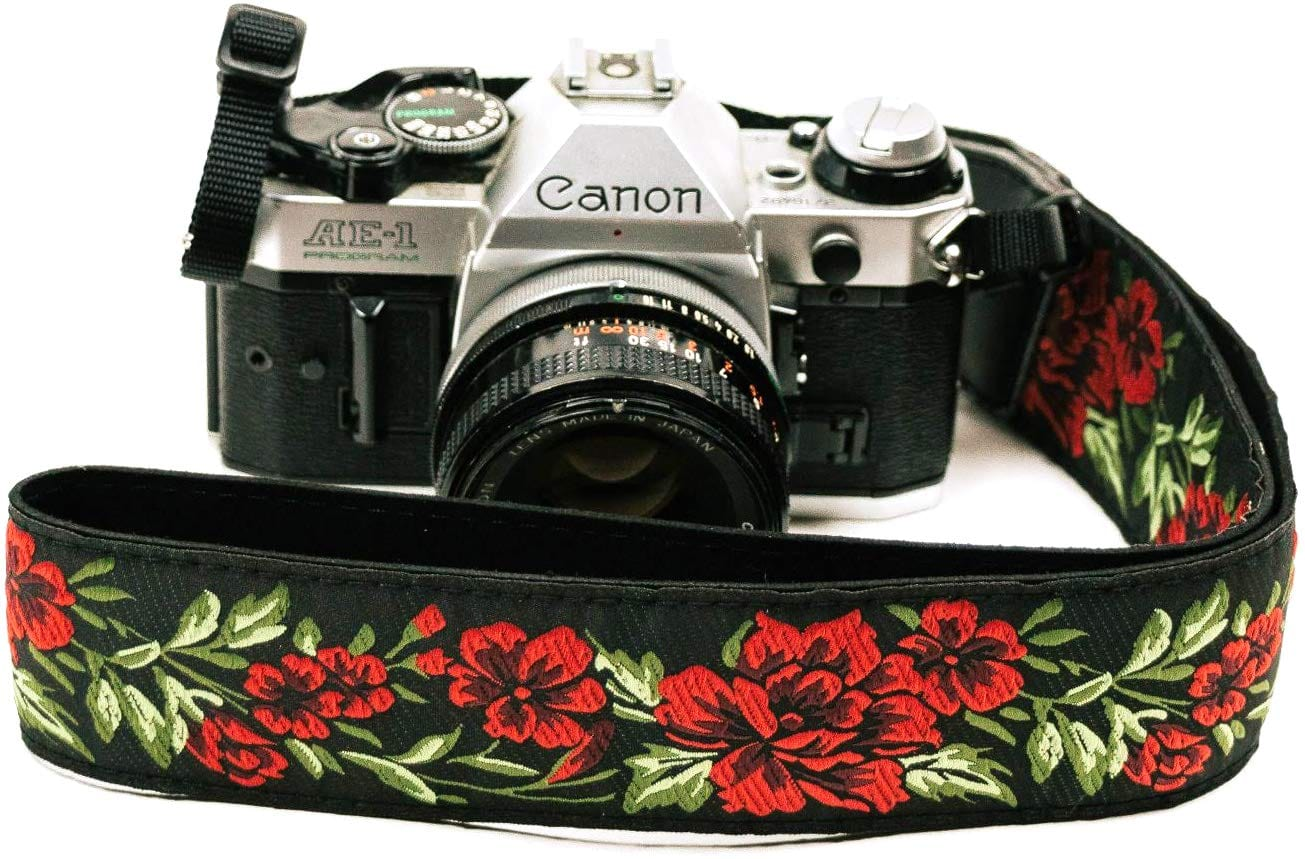 Red Roses Camera Strap - Art Tributes