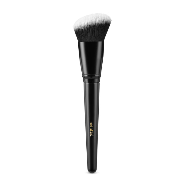 Angled Cheek Brush