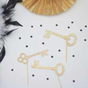 gold sparkle key decorations