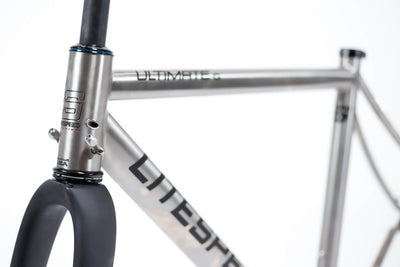 Detail image of Ultimate gravel frame with black graphics