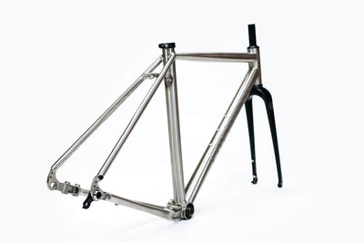Rear three quarters view of Watia Frameset