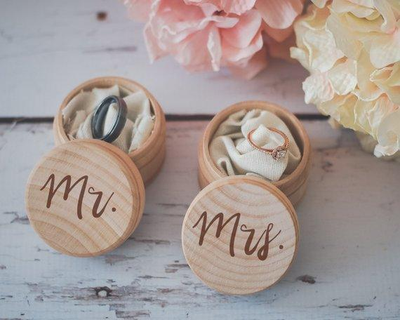 Mr. & Mrs. Ring Box Set Engraved Wedding Ring Box