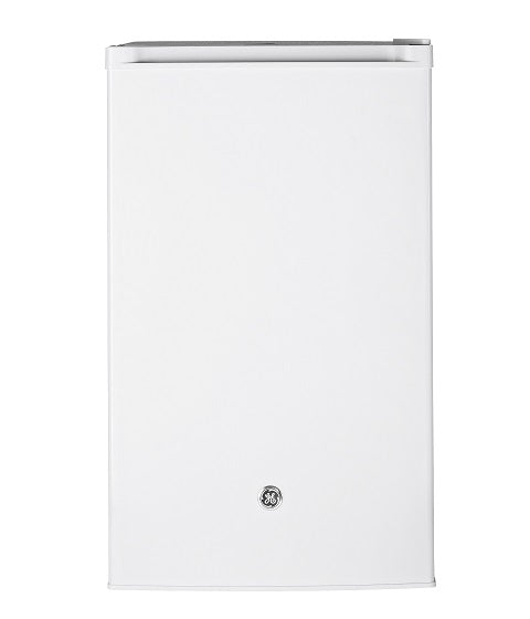 4.5 CU.FT. ENERGY STAR COMPACT REFRIGERATOR GE - WHITE ON WHITE