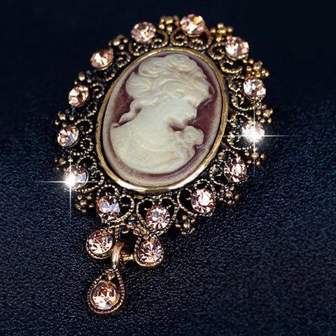 Jewellery 2017 Sale Brooch Women Copper Brooches Austria Crystal Vintage Style Fashion Victorian Cameo Brooch Lady Scarf Hot Selling