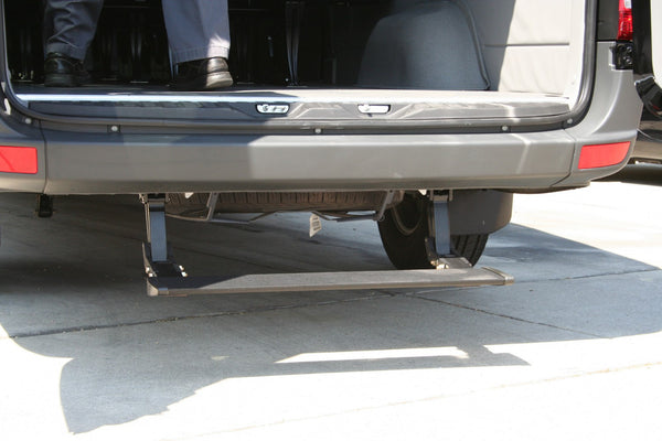 Drop down retractable rear step for Sprinter van
