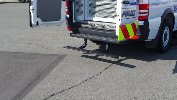 Sprinter with retractable drop down bumper step