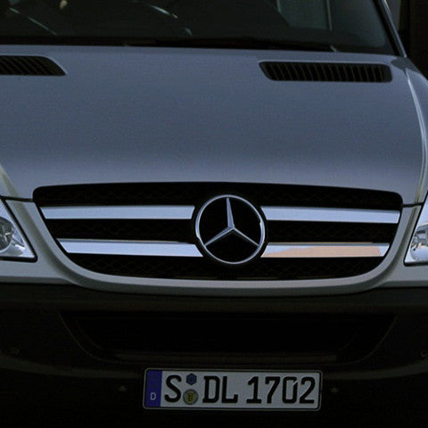 Sprinter chrome grille accents