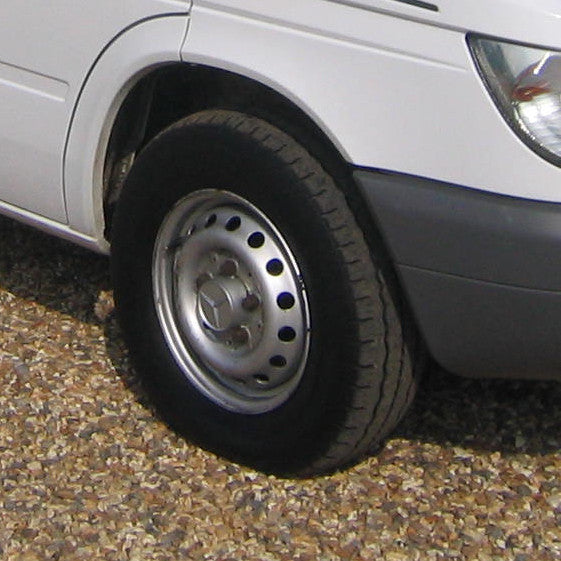 Sprinter hubcap for steel wheel