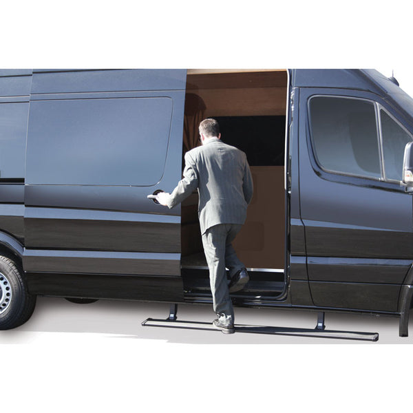 Sprinter with power retractable running boards