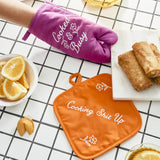 Cooked and Busy Oven Mitt