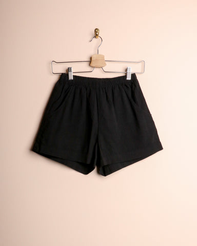 Me & Arrow Cotton Shorts Black Slub
