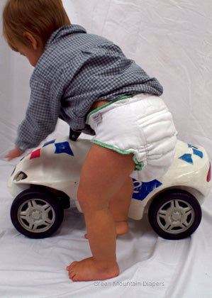 back of workhorse xl diaper on toddler