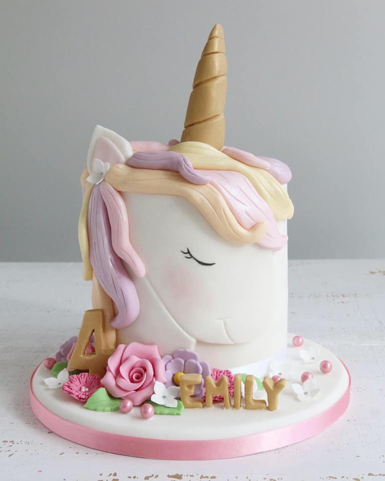 Fondant Unicorn Head Cake