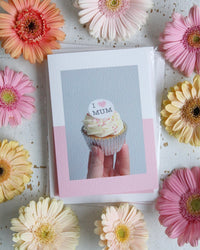 """I Heart Mum"" Mother's Day Cupcake Photo Card with Flowers"