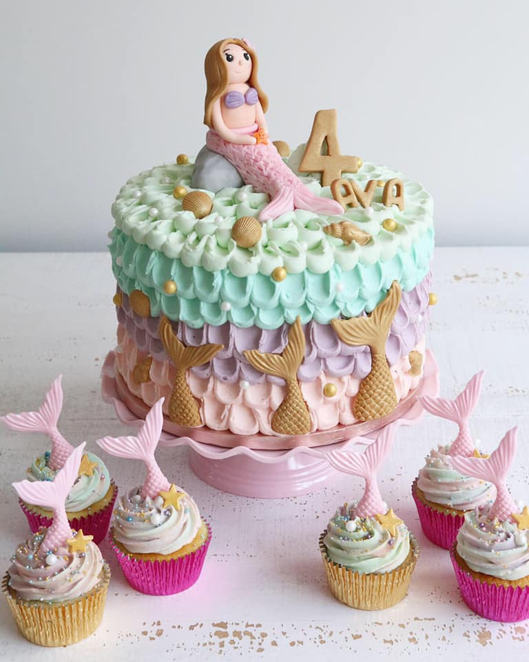 Pink Mermaid Cake & Cupcakes