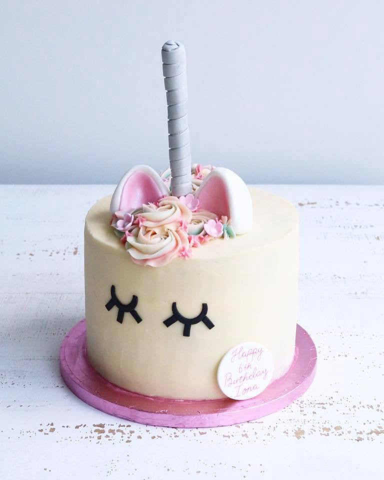 Unicorn Cake in Pink and Silver