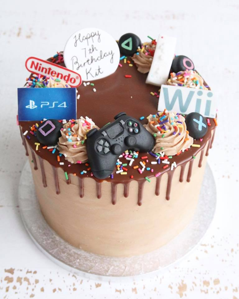 Playstation & Nintendo Cake