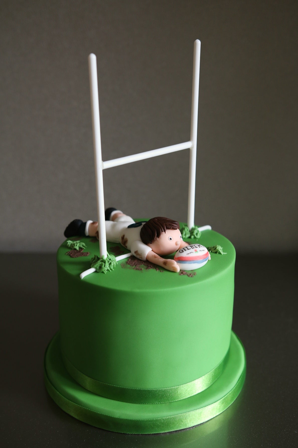 Fondant Rugby Post Cake
