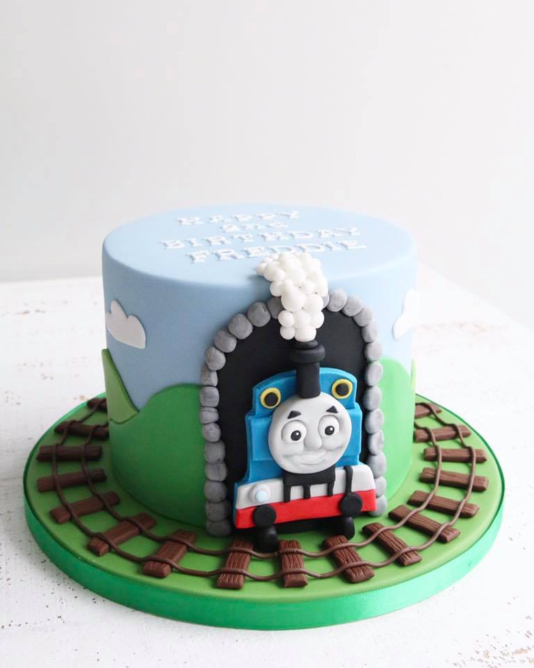 Fine Fondant Celebration Cakes Afternoon Crumbs Claygate Surrey Funny Birthday Cards Online Eattedamsfinfo