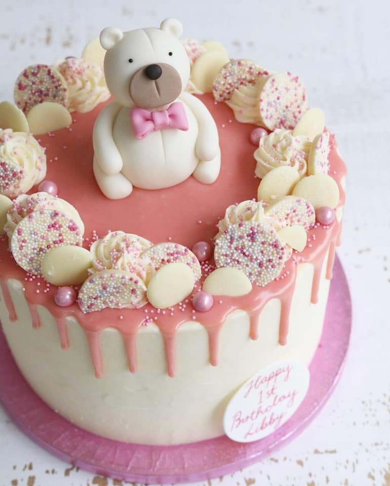 Peachy 1St Birthday Cakes Claygate Surrey Afternoon Crumbs Personalised Birthday Cards Veneteletsinfo