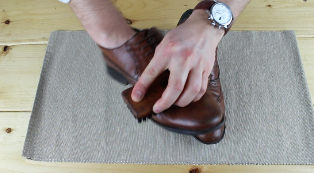 Step Two - Mens Footwear polishing guide. ModernManOutfitters.com