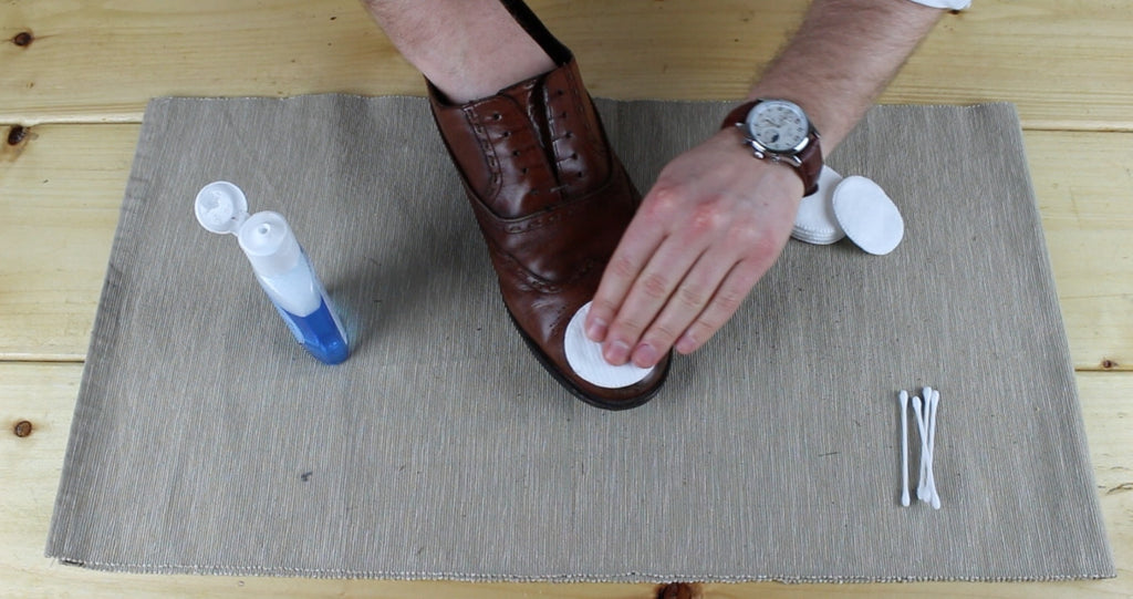 Step one - Mens Footwear polishing guide