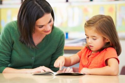 Screen children with reading difficulties more thoroughly for hearing problems, says new report
