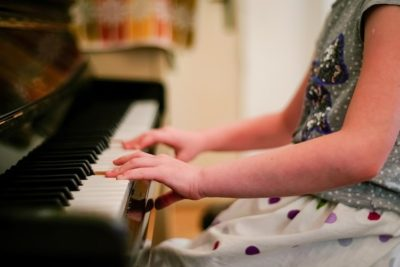 Music lessons improve children's cognitive skills and academic performance