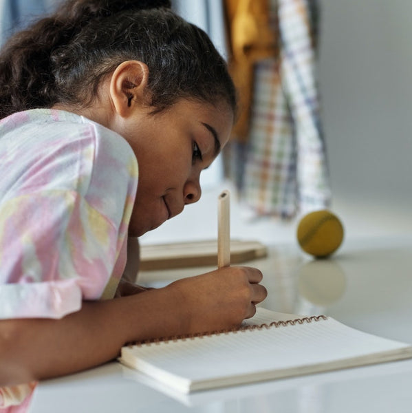 Why Writing By Hand Makes Kids Smarter