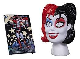 DC Comics - Harley Quinn Volume 01- Hot in the City - Book and Mask Set