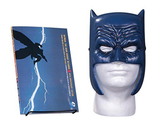 DC Batman: The Dark Knight Returns - Book and Mask Set