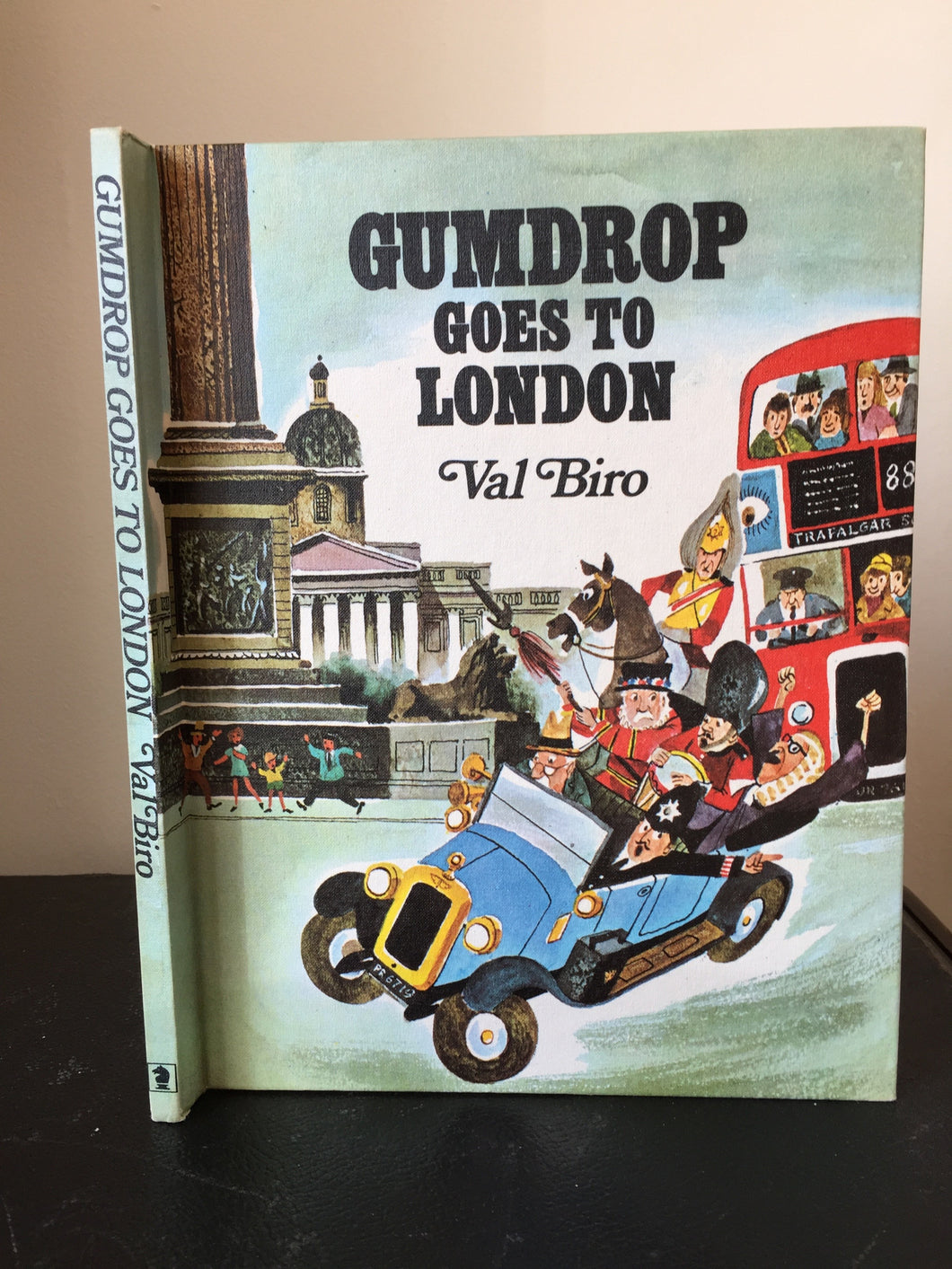 Gumdrop Goes To London