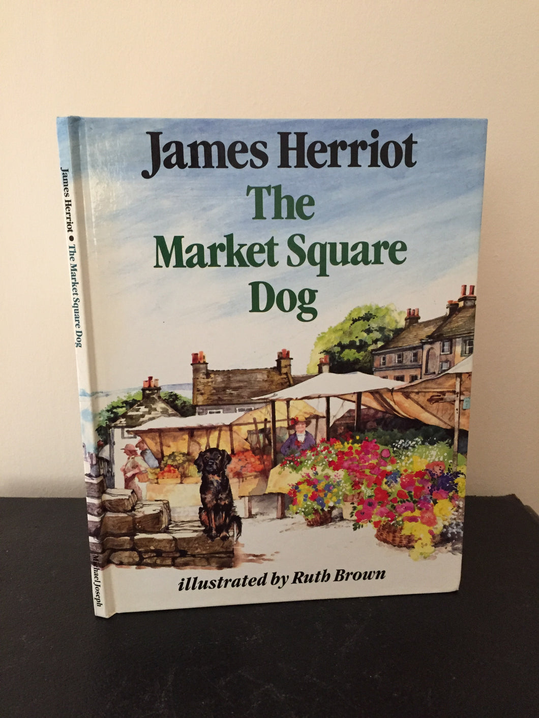 The Market Square Dog