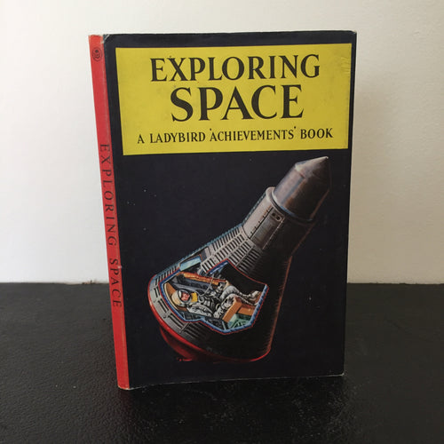 Exploring Space - A Ladybird Achievements Book