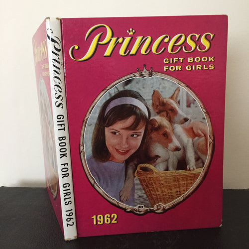 Princess Gift Book For Girls 1962 (with Famous Five story)