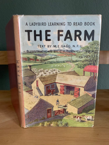 The Farm - A Ladybird Learning To Read Book